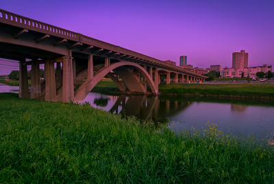 Twilight at the Henderson Street bridge: Fort Worth Texas.