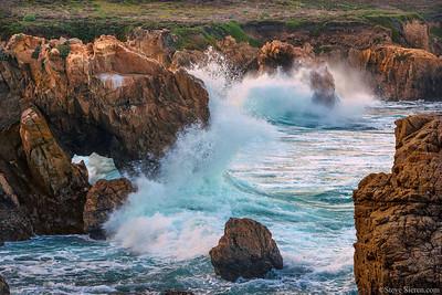 Big Sur Sea Arch Splash