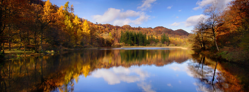 YEW TREE TARN AUTUMN