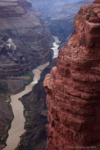 Grand canyon colorado river at toroweap