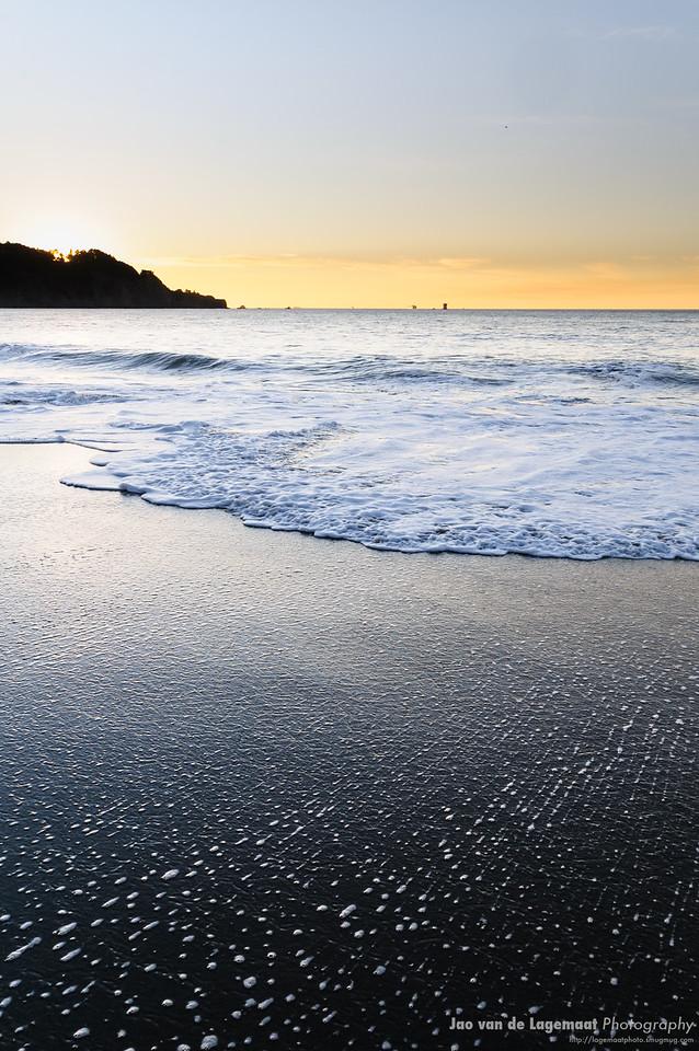 Last light. More info: http://lagemaat.blogspot.com/2012/12/baker-beach-sunset.html