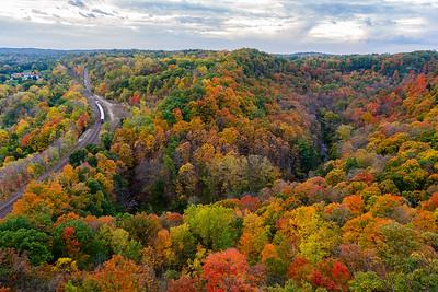 Dundas Peak: Autumn Edition