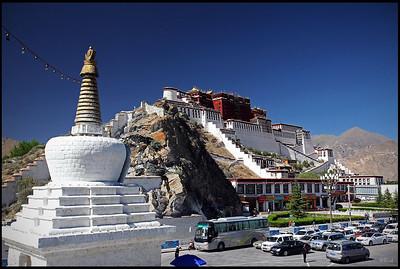 Potala Palace viewed from Yao Wang Hill