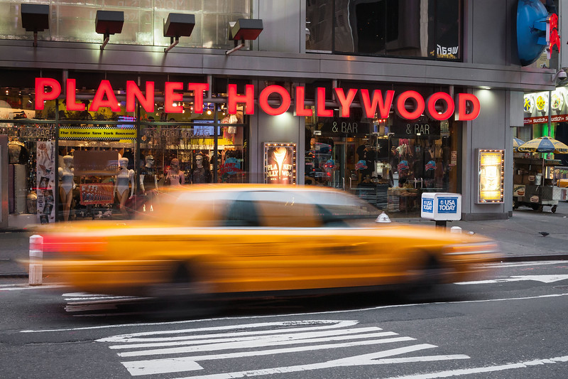 Planet Hollywood Taxi, Times Square, 18-11-2007 (IMG_1031) 4k