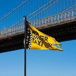 New York - Brooklyn Water Taxi Flag, 26-10-2008 (IMG_2764) 4k