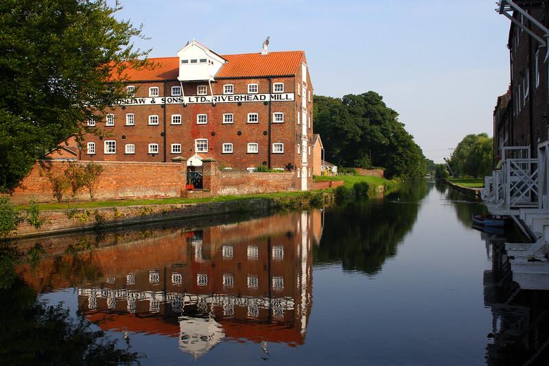 EB Bradshaw & Sons Ltd. Riverhead Mill, Driffield Canal, Driffield