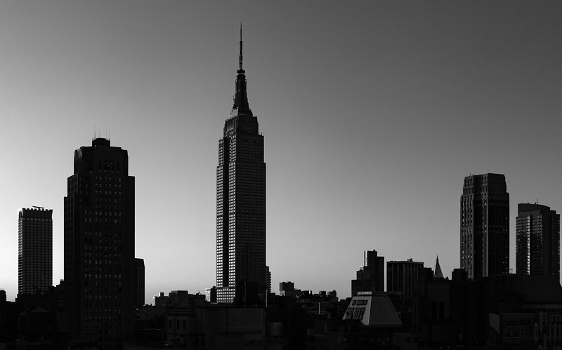 NYC - Empire State Building at Sunrise, 7-10-2011 (IMG_4607) B&W 4k