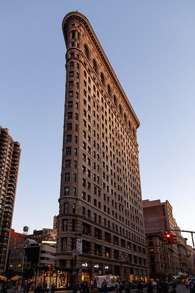 NYC - Flatiron Building, 5th Avenue, 6-10-2011 (IMG_4505) 4k