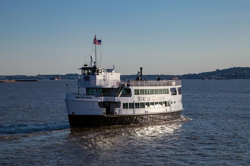 NYC - Miss New Jersey on Hudson River (Liberty Island), 6-10-2011 (IMG_4452) 4k