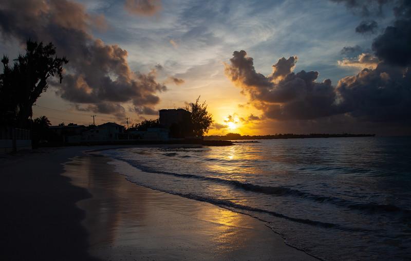 Barbados - Maxwell Beach Sunrise, 25-11-2011 (IMG_5992) 4k