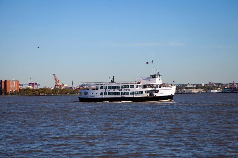 NYC - Miss New York on Hudson River, 6-10-2011 (IMG_4414) 4k