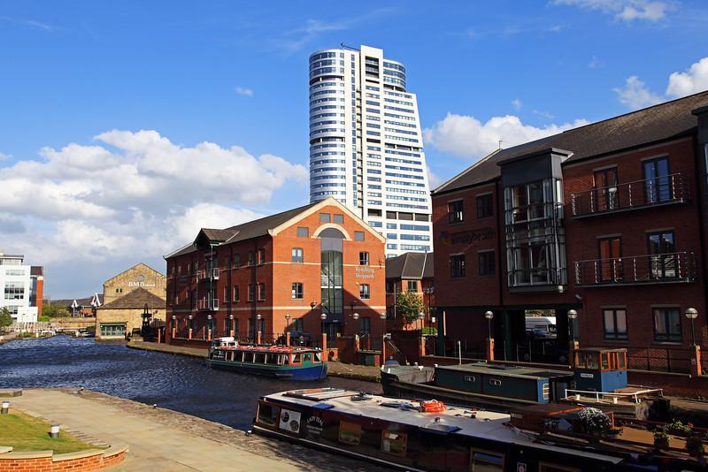Granary Wharf and Canal Basin, Leeds