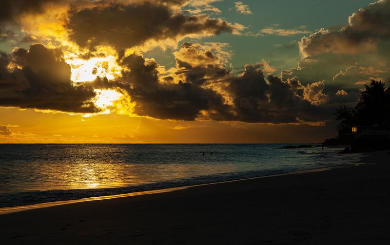Barbados - Maxwell Beach Sunset, 22-11-2011 (IMG_5759) 4k