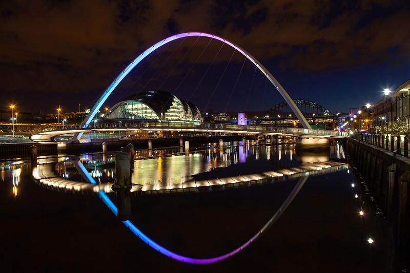 Millennium Bridge, Gateshead