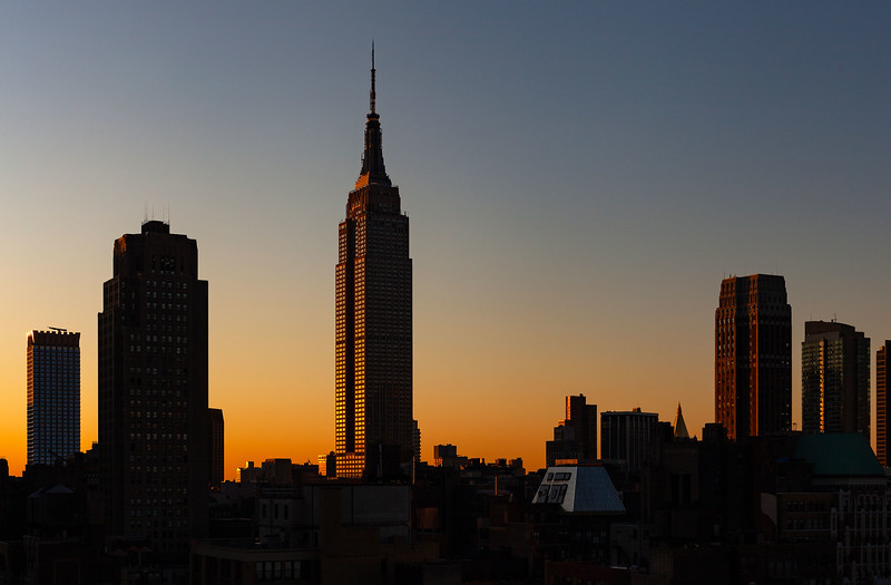 NYC - Empire State Building at Sunrise, 7-10-2011 (IMG_4607) 4k