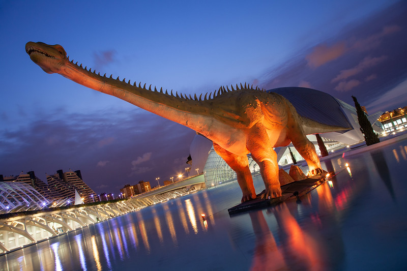 Valencia - Dinosaur at Museo de las Ciencias Príncipe Felipe, 28-7-2011 (IMG_2903) 4k