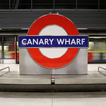 Canary Wharf, passing tube