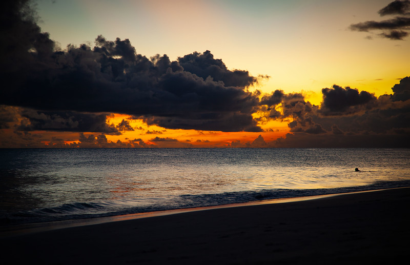 Barbados - Maxwell Beach Sunset, 22-11-2011 (IMG_5778) 4k