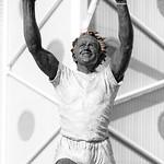 Leeds - Billy Bremner Statue at Elland Road, 13-9-2011 (IMG_3476) 4k