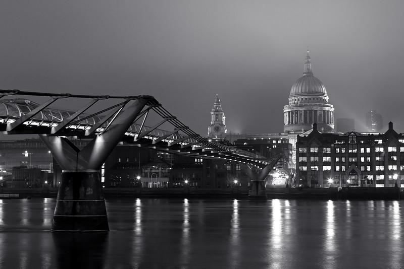 St Paul's Cathedral & Millennium Bridge