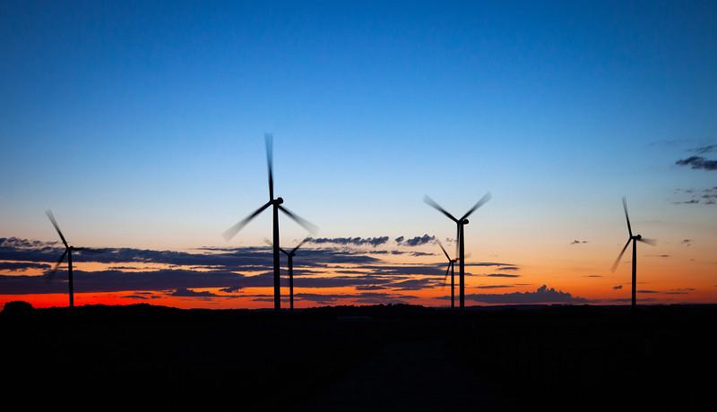 Lissett Wind Farm, 14-8-2011 (IMG_3326) 4k