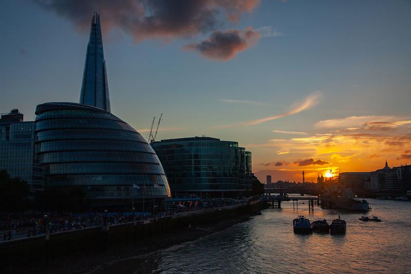 London - River Thames, City Hall, The Shard & London Bridge City, 4-8-2012 (IMG_9942) 4k