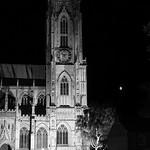 Beverley Minster & Moon, 29-7-2012 (IMG_9599) B&W 4k