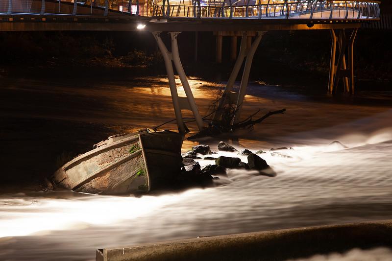 Sunken Barge at Castleford, 27-10-2012 (IMG_0381) 4k