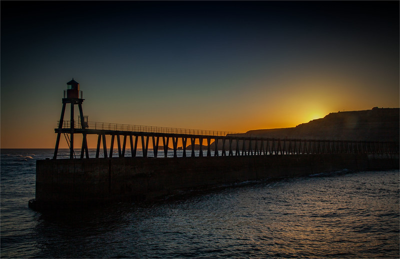 Whitby East Pier, 23-1-2012 (IMG_6572) Nik CEP4 - Grad Filters 4k
