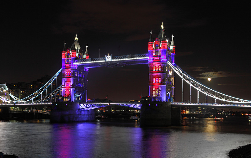 Tower Bridge, London 2012, Light Show
