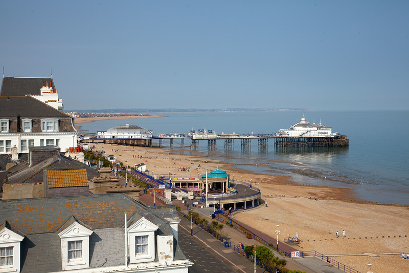 Eastbourne - View from the Hotel Room, Pier & Promenade, 7-5-2013 (IMG_2671) 4k