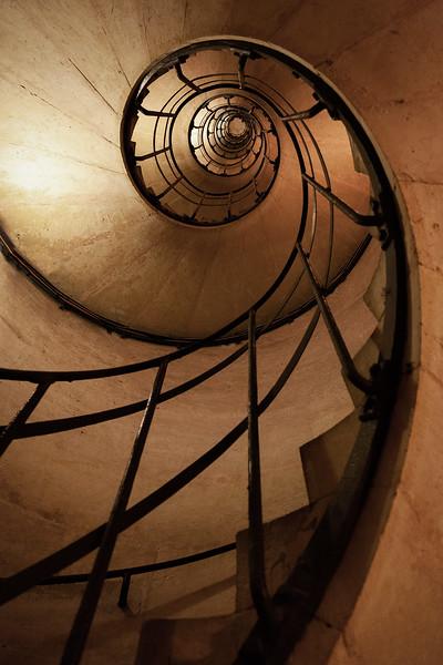 Arc de Triomphe Stairs, 10-3-2013 (IMG_1893) 4k