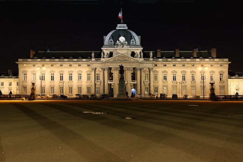 École Militare Cavalarie, Paris
