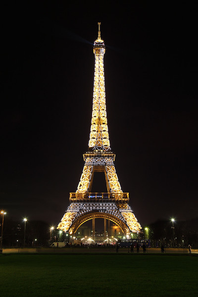 Eiffel Tower, Hourly Sparkle lights