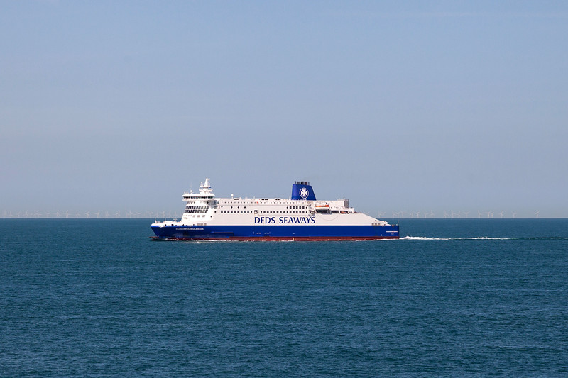 Dunkerque Seaways in the English Channel, 21-8-2013 (IMG_5046) 4k