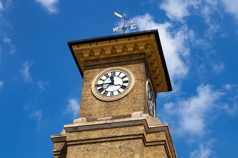 London - Kings Cross Station Clock, 15-5-2014 (IMG_9900) 4k
