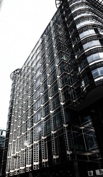 London - Canary Wharf, 18-1-2014 (IMG_7394) Nik CEP4 - Bleach Bypass Strong - 4k