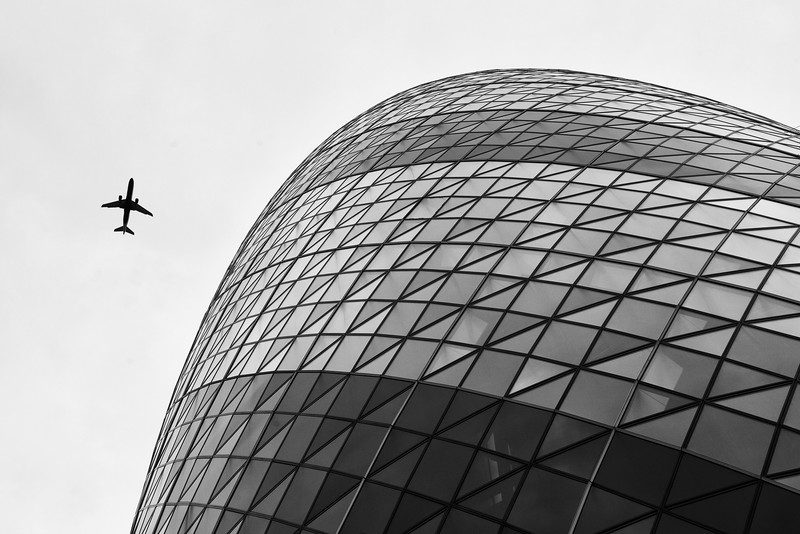 Plane over the Gherkin