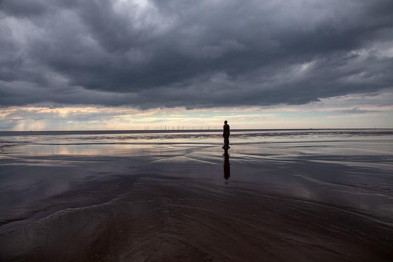 Gormley Man, Crosby Beach, 26-5-2014 (IMG_0111) 4k