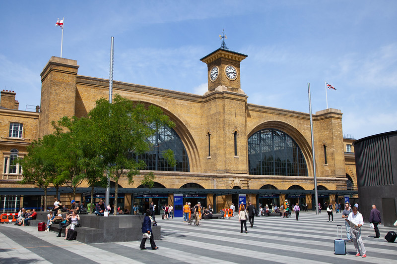 Kings Cross Station Concourse, 17-6-2014 (IMG_0773) 4k