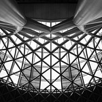 Kings Cross Station Concourse Roof, 10-10-2015 (IMG_0963) B&W 4k