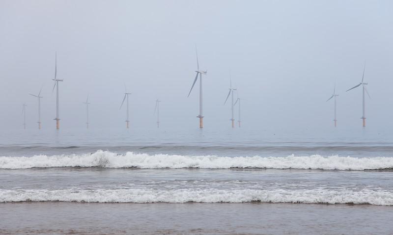 Redcar Beach Wind Farm, 4-10-2015 (IMG_0546) 4k