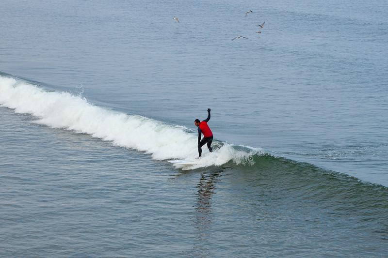 Saltburn Surfer, 4-10-2015 (IMG_0593) 4k