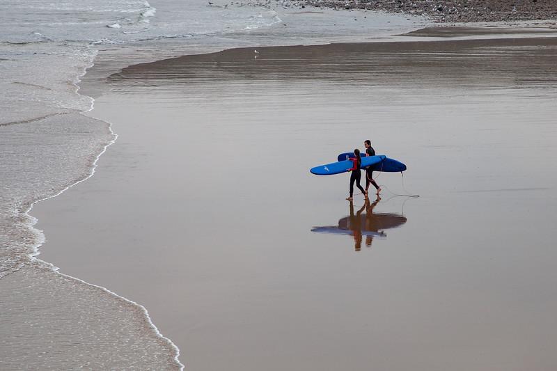 Saltburn Surfer Reflections, 4-10-2015 (IMG_0603) 4k