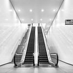 St Pancras Square Escalator, 17-2-2015 (IMG_9575) Nik SEP2 - High Key 2 - 4k
