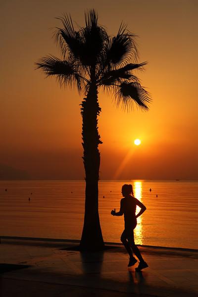 Altea Sunrise & Jogger, 07:39