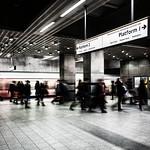 Kings Cross St Pancras Underground (Circle-Metropolitan-H&C Lines), 16-1-2016 (IMG_9433) Nik CEP4 - Bleach Bypass - Strong 4k