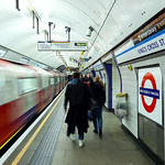 Kings Cross St Pancras Underground (Victoria Line), 16-1-2016 (IMG_9452) 4k