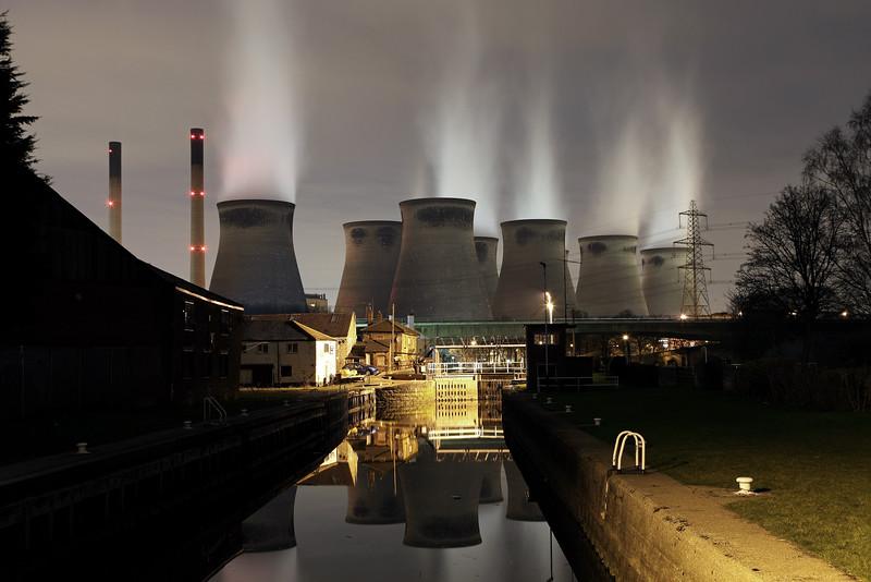 Ferrybridge Lock & Power Station