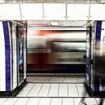 Kings Cross St Pancras Underground (Circle-Metropolitan-H&C Lines), 16-1-2016 (IMG_9463) Nik CEP4 - Bleach Bypass Normal 4k